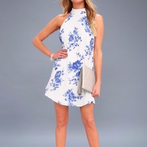 Lulu's Blue and White Floral Dress (size M)(D1)